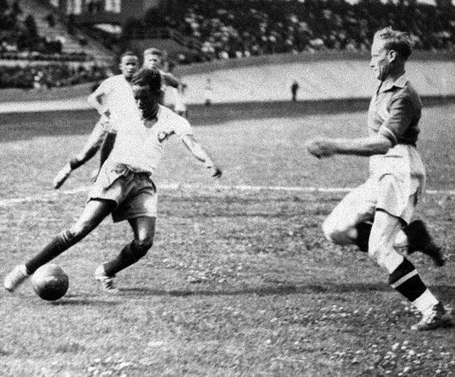 Leonidas,Brazil,7 goals