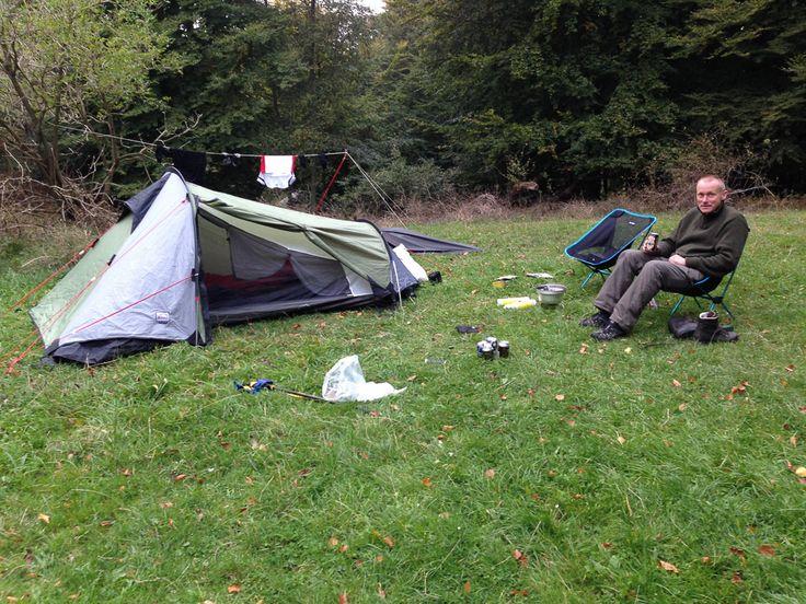 Hyggelig lejrplads på Møn. Bakke op og bakke ned - tur til Møn