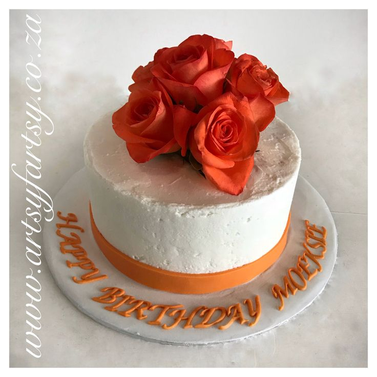 Fresh Roses and Butter Icing Cake #freshrosescake #buttericingcake