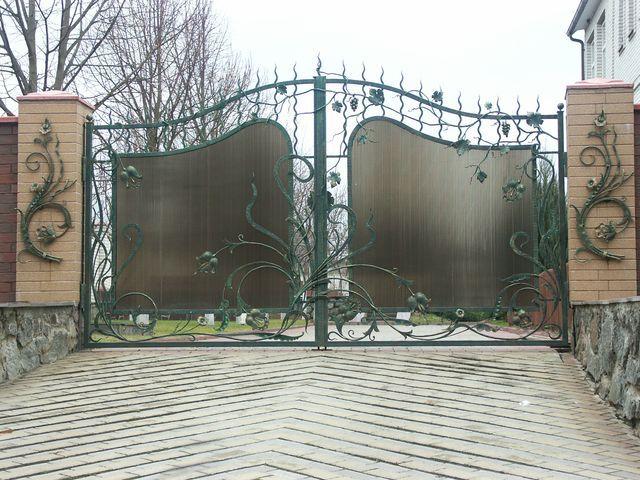 Кованые ворота, распашные, откатные, из металла, профнастила, поликарбоната, Киев.