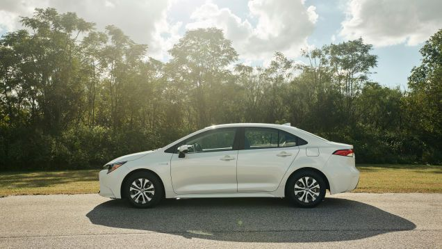 2020 Toyota Corolla Hybrid Joins The Prius With An Expected 50 Mpg