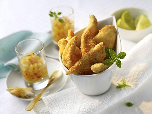 Parmesan-Hähnchensticks mit Ananas-Salsa #Rezept #Rezepte #Gefluegel #Haehnchen #Snack #Parmesan #Ananas