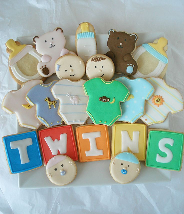 Michelle of Sweet Treats & Healthy Eats made these adorable twin-themed cookies for a friend who found out ...