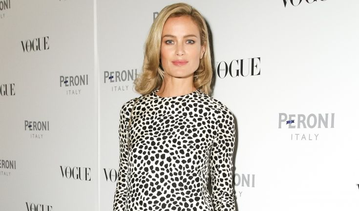Carolyn Murphy Launches Lingerie with Cheek Frills - http://chicdfr.co/1BEbz5R