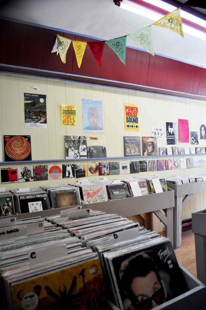 phonopolis record store