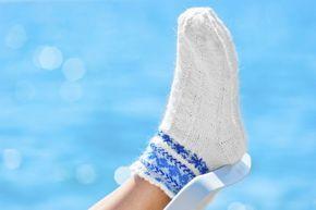 Los calcetines blancos son una de las mayores fuentes de dolores de cabeza. Cuando están relucientes -es decir, casi nunca- son una de las prendas más adorables. Y cuando se ensucian, las manchas pueden verse a kilómetros de distancia. Entonces, ¿cómo hacer para lavar los calcetines blancos? En Hogar Total, te mos