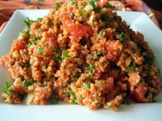 easy to make that appetizer that I often cook it - bulgar+onion+tomato+olive oil+cumin+lemon juice+chopped Mediterranean parsley