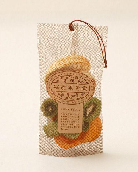 堀内果実園 セミドライミックス. looks like clever dried fruit and veggies #packaging PD