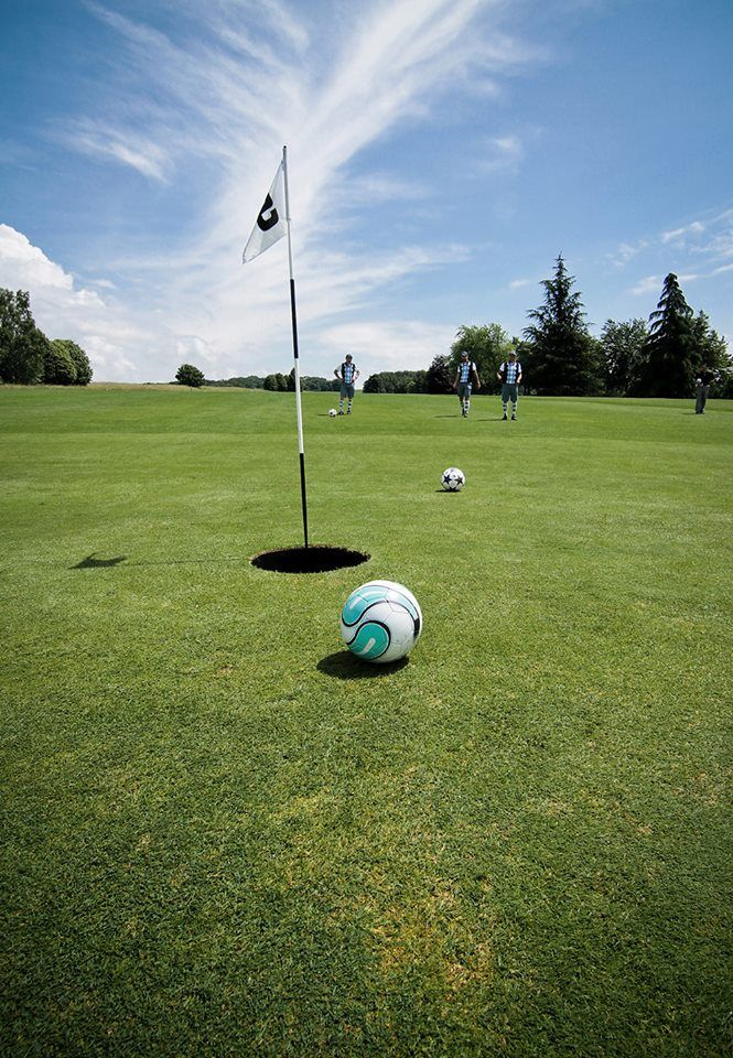Soccer golf courses - yeah, you heard right.  Soccer & golf lovers unite!  http://learn.captainu.com/2014/02/27/soccer-golf-course-yeah-you-heard-right/