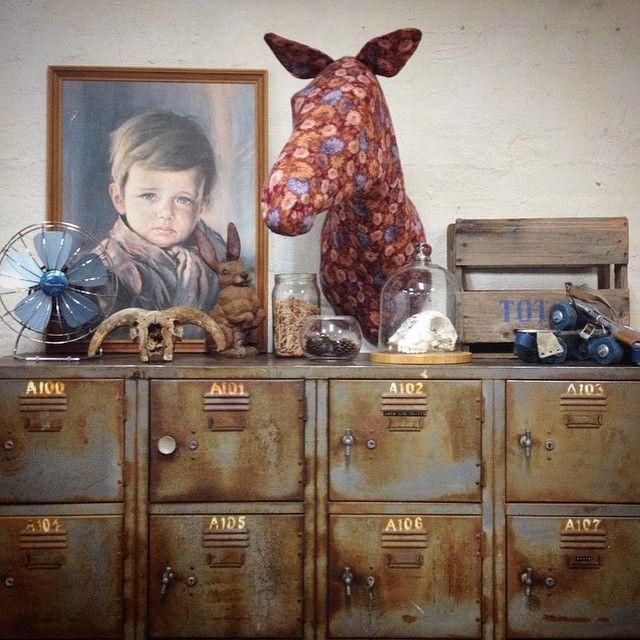 #floral #horse #fauxtaxidermy #fabrictaxidermy #vegan #vegantaxidermy #touchofblue #insitu #vintage #patina #theworkofmkd #mkd