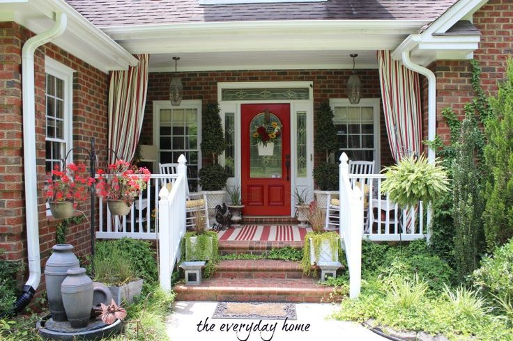 A Southern Home Tour by The Everyday Home