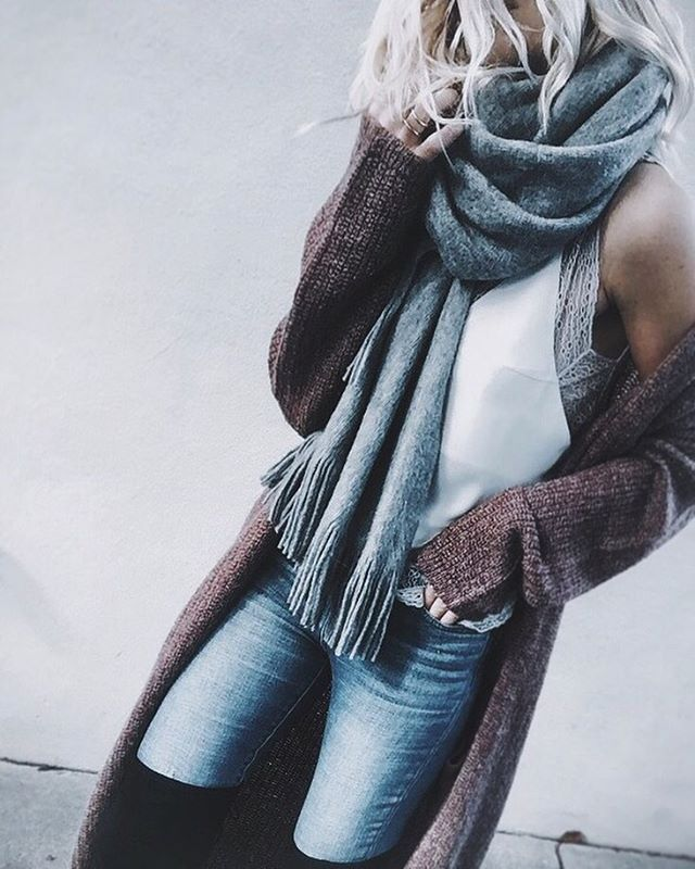 climate control.... feeling fall ☁️ #ootn #layers