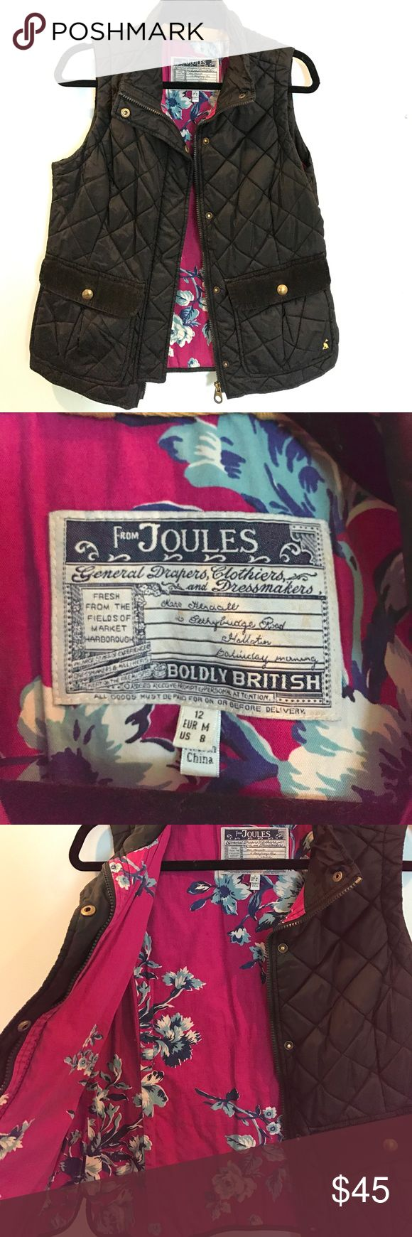 Joules Padded Vest Black padded women's vest from Joules. Bright pink floral inside! Great for fall and winter! Contact with questions! Joules Jackets & Coats Vests