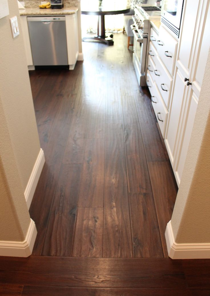Laminate Flooring Direction Change in 2020 Laying