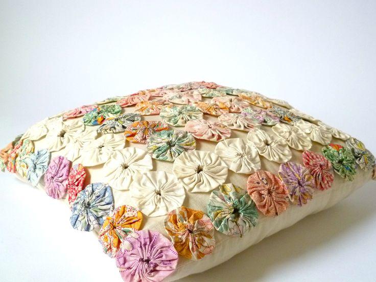 Vintage pastel yo yo pillow.