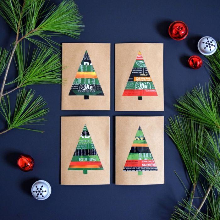 Weihnachtskarten aus Kaffeeverpackungen selber basteln, kreative DIY Idee zum Nachmachen, Tannenzweige und kleine Christbaumkugeln