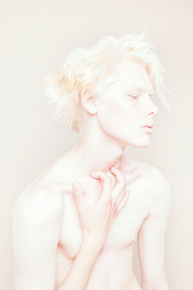 white :) http://pinterest.com/treypeezy http://twitter.com/TreyPeezy…