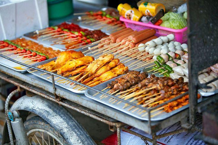 Katukeittiön parhaita antimia! #thai_cooking #thailand  http://www.finnmatkat.fi/Lomakohde/Thaimaa/?season=talvi-13-14