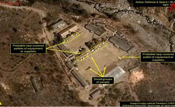 Američtí analytici hlásí velmi neobvyklý pohyb na základně KLDR. Jde o kamufláž?