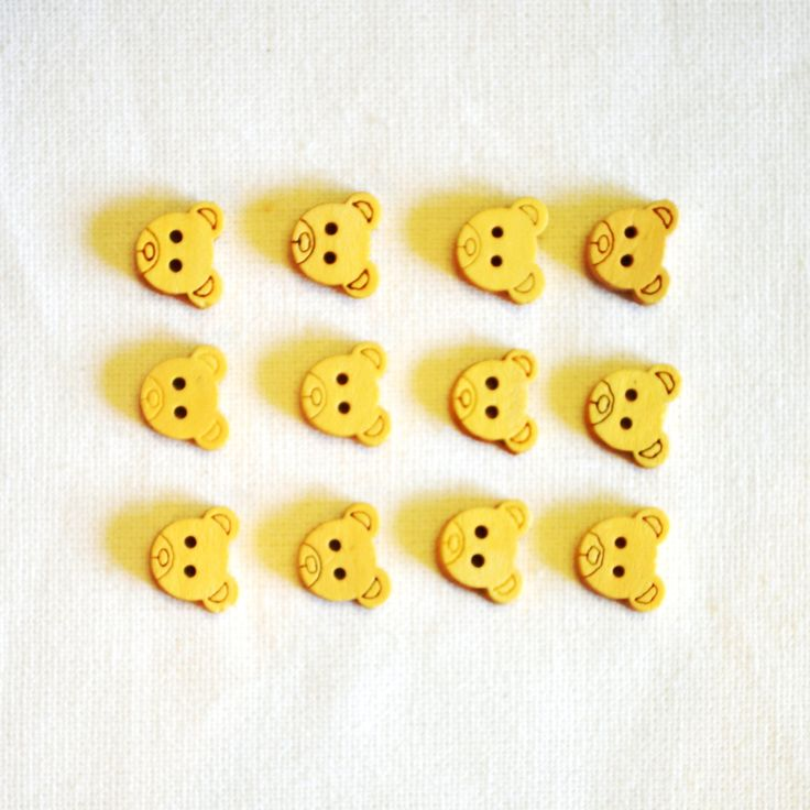 20 x little wooden bear buttons. 13 mm with 2 holes by yourbuttonshop on Etsy