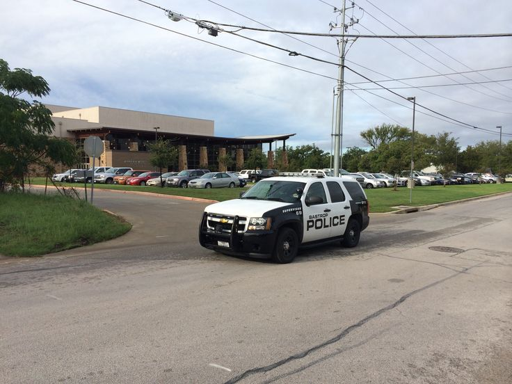 A Bastrop High School student was taken to the hospital with non-life threatening injuries after a stabbing. District officials say the suspect was taken into custody (via kxan).