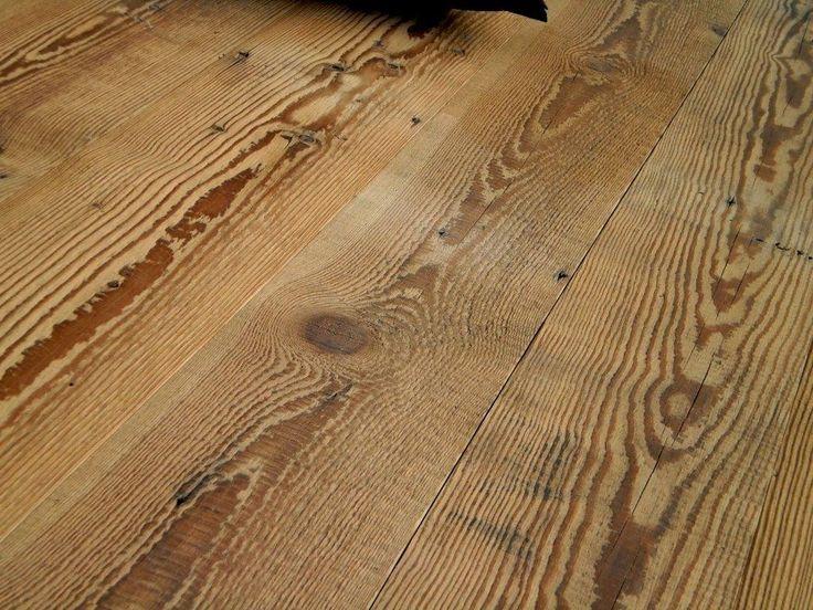 #pavimento in legno #storico di vecchi #fienili e masi tirolesi - rilavorato, spazzolato e insaponato - per #rivestimenti da #parete e da pavimento - by manifattura parquet-direct.it