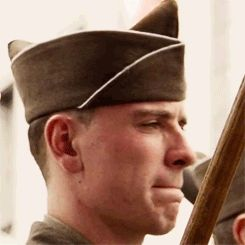 Michael Fassbender - HBO's Band of Brothers (2001) / OMG HE IS SO YOUNG ❤️<< He was 24 ^.^