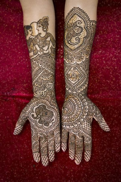 Mehndi Party Wedding : This incredible mehndi artist is a featured finalist in