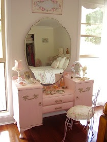 Paint a vintage dressing table a soft dusty pink! (no! Love the vanity.... I'd paint it a deep shiny Grey or flat Black or even a leather look Black paint..... Ok maybe matte white. Crap idk too many colors to pick one)
