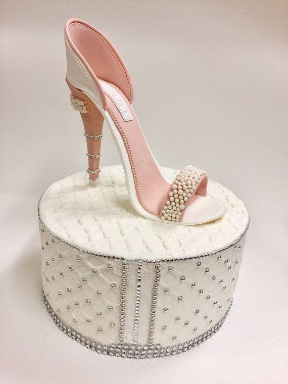 Zapato de tacón alto pastillaje de pastel de cumpleaños/color