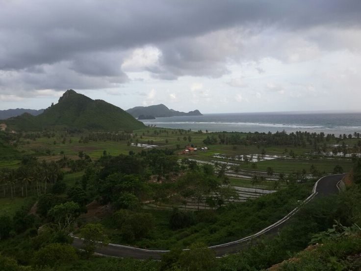Road to south Lombok