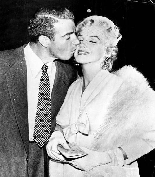 Marilyn Monroe & Joe DiMaggio 1954