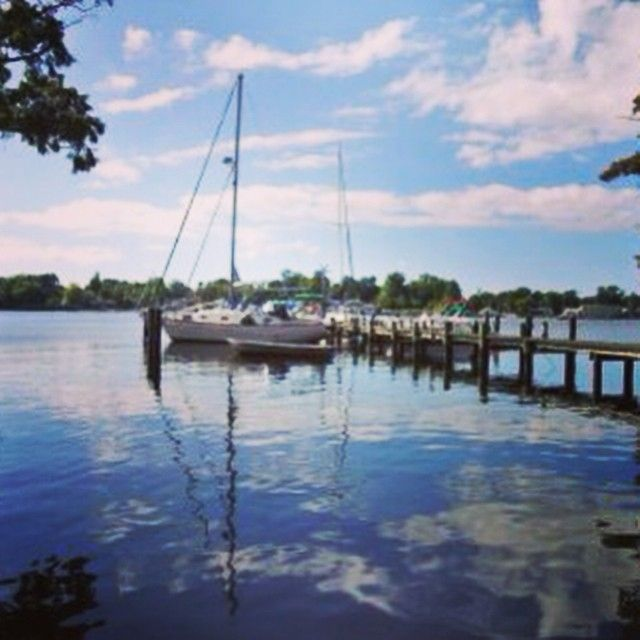 Now that's what we call a backyard! #boatlife #elizabethcity #TheGoodLife #sailing #lifeonthewater #ThatView