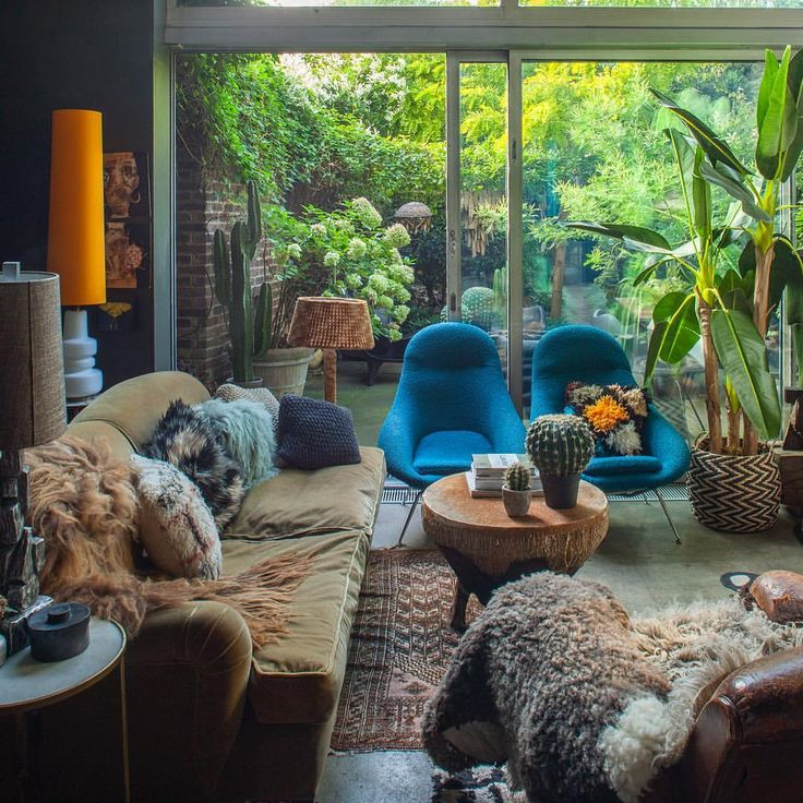 Love this uber cool house and garden I shot belong…