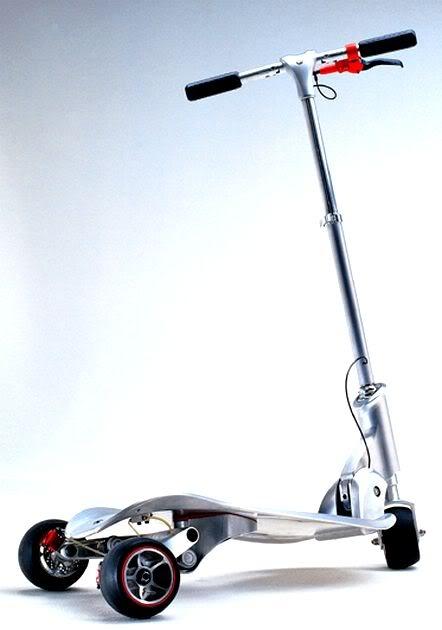 3 roues et sans moteur : la trottinette BMW SlideCarver ! - TROTTINETTE e-Zine