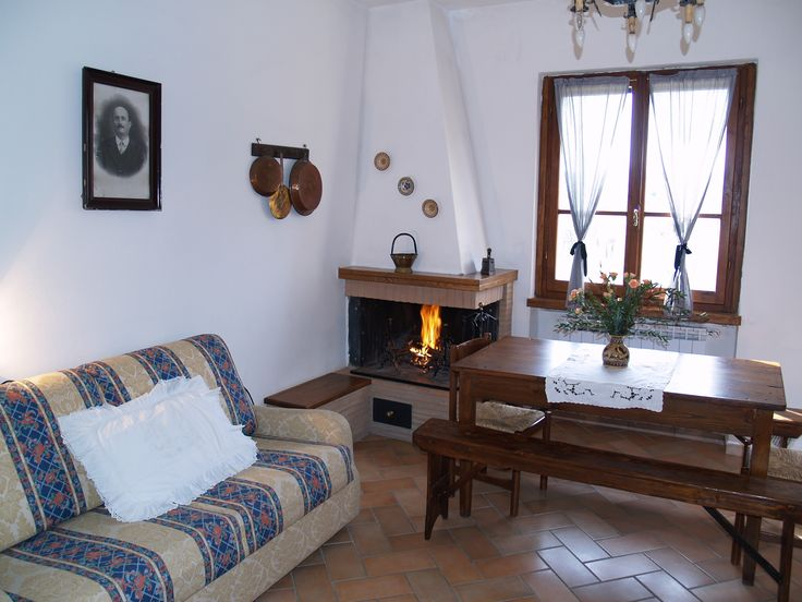 accomodation in tuscany in appartment at a cheap price: Wine Resort La Loccaia
