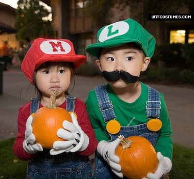 kid costumesLouis, Halloweencostumes, Halloween Costumes, Chicken Coops, Mario Brother, Kids Costumes, Super Mario Bros, Halloween Ideas, Costumes Ideas