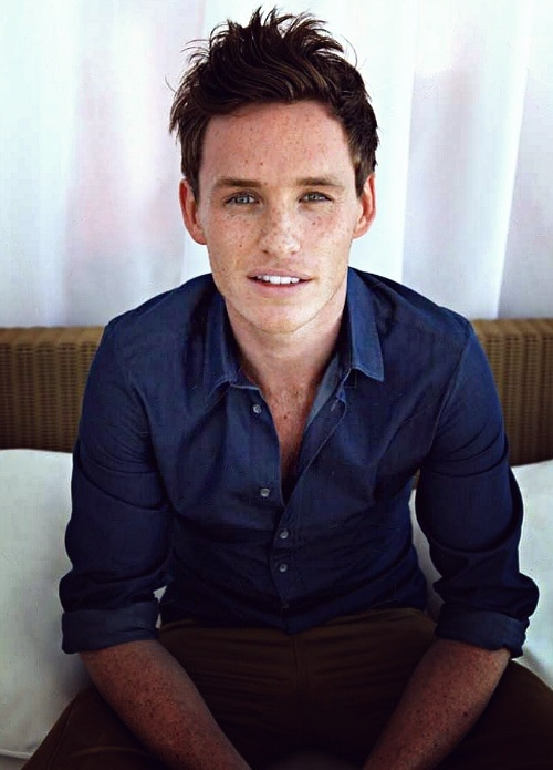 Eddie Redmayne is our #MancrushMonday on Monday 12th Jan as he won a Golden Globe last night for best motion picture actor!