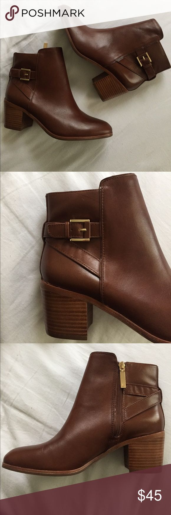 Brown leather ankle boots Louise et Cie brown leather ankle boots! Never worn!!! louise et cie Shoes Ankle Boots & Booties