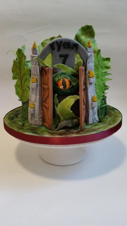 Jurassic eye by Love it cakes