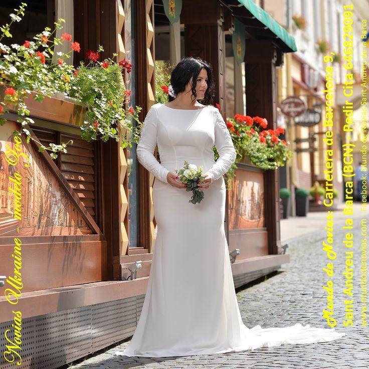 """Atelier """"Mundo de Novias"""" – Modelo Zoe – Este exclusivo y original Vestido de Novia con una falda muy caída es ideal para todo tipo de bodas, tanto en la iglesia como en la playa y la masía, fabricado especialmente para resaltar la figura de la novia. Nuestro Atelier """"Mundo de Novias"""" está ubicada en Carretera de Barcelona 9, en Sant Andreu de la Barca. Sólo con Cita Previa al 646 829091. Facebook: Mundo de Novias Sant Andreu de la Barca."""
