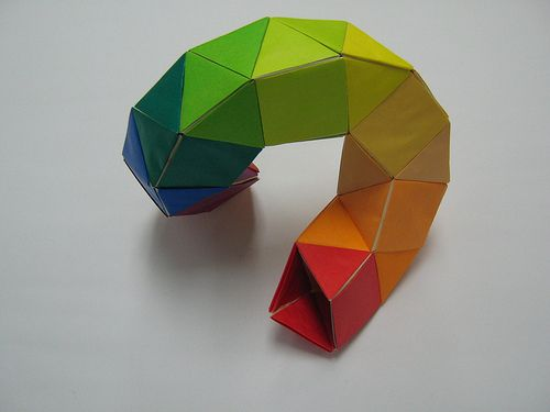 dodecagonal-antiprism-ring-toroid-05-all-components-aligned