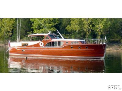 1928 Chris-Craft Commuter | 1941 Chris Craft Challenger Express 40'