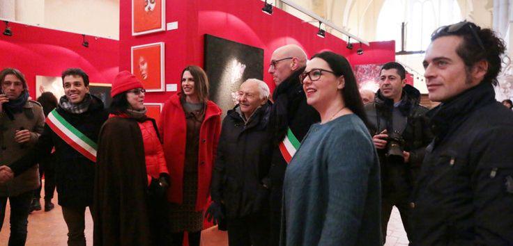 """""""Dalla terra al cielo"""" inaugurata la mostra a Gualdo Tadino"""