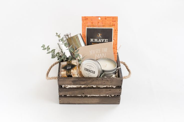 GROOMSMEN GIFTS  Marigold & Grey creates artisan gifts for all occasions. Wedding welcome gifts. Workshop swag. Client gifts. Corporate event gifts. Bridesmaid gifts. Groomsmen Gifts. Holiday Gifts. Order online or inquire about custom gift design. www.marigoldgrey.com Image: Laura Metzler Photo