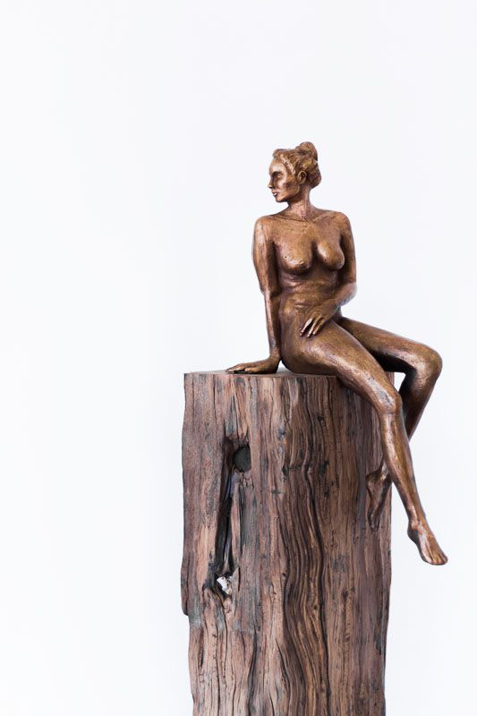 Bronze Sculpture | Searching II by Sarah Walmsley | StateoftheART