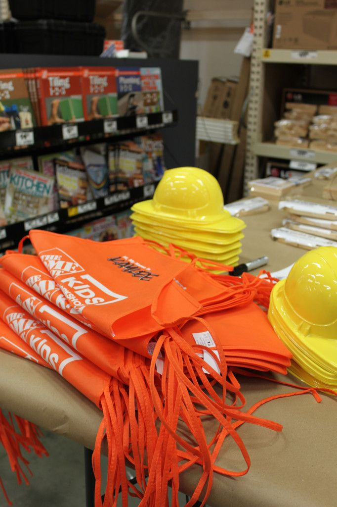 Home Depot Birthday Party : Aprons and construction hats