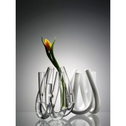 Triu Vase  See more at : http://www.avant-deco.com/design-accessories/triu.html