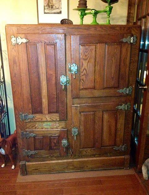 antique ice box...  Vintage  Pinterest