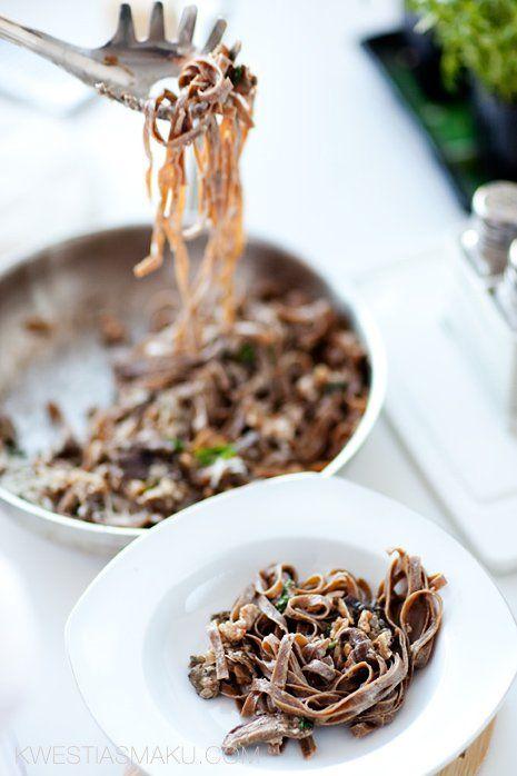 Makaron grzybowy z borowikami | Kwestia Smaku